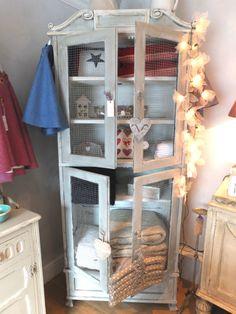 Grey scroll wire door cupboard
