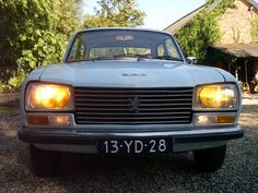 Peugeot 304 Berline - 1972 Peugeot, Classic Cars, Vintage Cars, Nice Cars, Antique Cars, Vintage Classic Cars, Classic Trucks