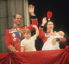 June Queen Elizabeth II, Prince Philip, Prince Andrew and Prince Edward wave to the crowds from the balcony at Buckingham Palace during the Trooping of the Colour. Elizabeth Young, Queen Elizabeth Ii, Elizabeth Philip, Prince Andrew, Prince William, Prince Edward, Lady Diana, Uk Prince, Prince Harry