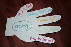 Prayer guide for kids- teaching them how to pray using their fingers!