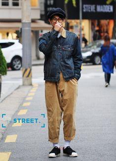 서잉(kimseoe12)님의 스타일   요즘 떠오르는 워크웨어! 완전 취향저격이쟈냐요 #데일리룩 #스트릿패션 #빵모자 #뉴스보이캡 #워크웨어 #아 Mens Fashion Now, Look Fashion, Fashion Outfits, Moda Vintage, Mens Style Guide, Facon, Fashion Lookbook, Men Looks, Mens Clothing Styles