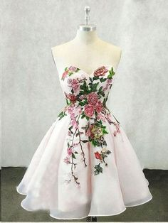 Beautiful Homecoming Dresses A line Embroidery Short Prom Dress Party Dress JK722