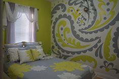 PAISLEY GONE WILD! Choose your own colors to make this paint-by-number wall mural match your decor perfectly - just like in this room.