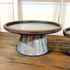 Farmhouse Metal Pedestal Set