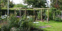 EN PERGOLA EFTER MIT HOVED - A garden pergola