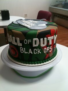 Call Of Duty Cake This Was Covered In Fondant All The Decorations  cakepins.com