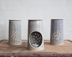 5 Tips and Tricks to Improve Your Pottery Skills – Voyage Afield Hand Built Pottery, Slab Pottery, Pottery Vase, Ceramic Pottery, Pottery Shop, Ceramic Oil Burner, Ceramic Clay, Porcelain Ceramics, Ceramic Bowls