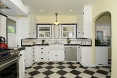 Modern kitchen with 1930's design inspiration.