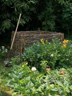 willow compost bin