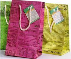 cómo hacer bolsas con papel de diario, cómo hacer bolsas de papel con diario, pasos para hacer bolsas de papel, cómo reciclar papel de diario