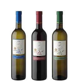 Weine aus Italien. Zb. der Rossese di Dolceacqua D.O.C. vom Weingut Gajaudo in Ligurien. Wussten Sie das der Rossese Wein Napoleons Lieblingswein war?