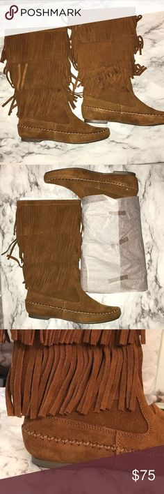 Lauren Conrad fringe boots NWT size 6, chestnut fringe boots. Never worn. LC Lauren Conrad Shoes Moccasins