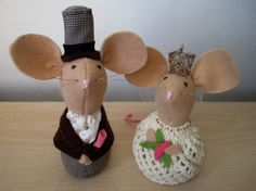 Church Mice Wedding Cake Toppers, handmade wedding, felt mice by oothatsnice on Etsy