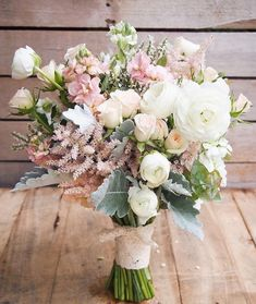 B O U Q U E T I N S P O Such a gorgeous array of blooms using subtle blush tones, cream and fresh greenery. Photo from Pinterest, florist…