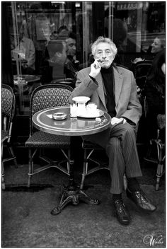 cigar...people watching...coffee.. perfection...Café de Flore