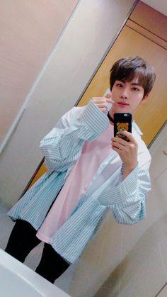 Read from the story DatingD BTS×Jimin Texting by kookie_tae_with_suga (Hyuna-Noona) with 355 reads. Name: Kim SeokjinUsername: eat-Jini. Jin Kim, Bts Jin, Bts Bangtan Boy, Namjin, Seokjin, Park Ji Min, Billboard Music Awards, Foto Bts, Yoonmin