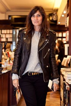 At Alexandra Shulman's book signing in Paris, September 25. Elegant and rock and roll. damn i want that jacket