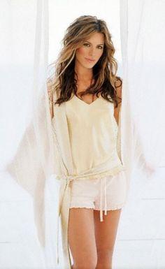 Kate Beckinsale hermosa y una. Underworld Kate Beckinsale, Kate Beckinsale Hot, Kate Beckinsale Pictures, Beautiful Celebrities, Beautiful Actresses, Most Beautiful Women, Beautiful People, British Costume, English Actresses