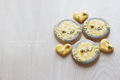 #みつばちアイシングクッキー#アイシングクッキー #icingcookies #decoratedcookies #acorne#販売#cute