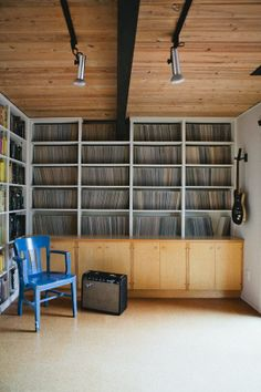 The correct way to store LPs