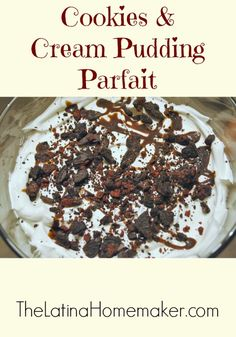 Cookies and Cream Pudding Parfait-This pudding parfait is super easy to make and delicious!
