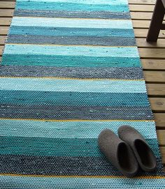 Rag rug Recycled Fabric, Woven Rug, Rug Making, Scandinavian Style, Handmade Rugs, Loom, Pattern Design, Recycling, Weaving