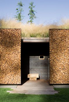 bringing back cordwood construction in a contemporary setting. woot!