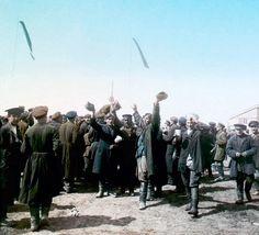 Народные гулянья на Ходынском поле, Москва. 30 мая 1896 г. Ethnically Russian people. old photo