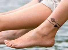 Arrow ankle tattoo - Tatuaje de flecha en el tobillo