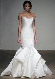 Tim belusko and danielle fishel wedding photos celebrity bride anna maier laetitia size 8 sample wedding dress nearly newlywed junglespirit Image collections
