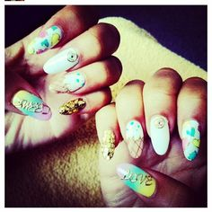 Ice cream nails - es nails in LA Es Nails, Matte Nails, Love Nails, How To Do Nails, Gorgeous Nails, Pretty Nails, Zendaya Nails, Ice Cream Nails, Nail Place