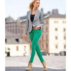 green skinny jeans, grey blazer and nude booties outfit
