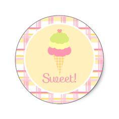 Resultados de la Búsqueda de imágenes de Google de http://rlv.zcache.com/sweet_ice_cream_birthday_cupcake_toppers_stickers-p217460044247586510z85xz_400.jpg