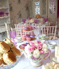 Quick and easy tea party decoration ideas Source: www.lesenfantsparty.blogspot.com