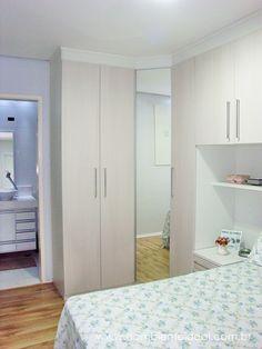 O AMBIENTE IDEAL: Porta com Espelho do dormitório