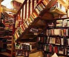 BOOKS BOOKS EVERYWHERE BOOKSHELVES!