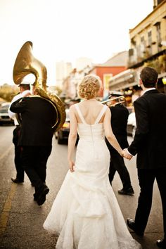 oh the romance of a French Quarter wedding.. there's nothing else like it