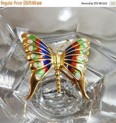 SPRING SALE Vintage 18k Gold Butterfly Brooch. Italy. by waalaa