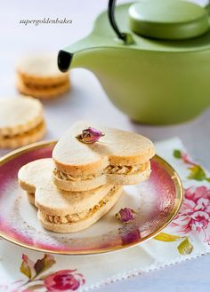 Before I became the seasoned coffee addict that I am today I used to be a tea drinker. The coffee habit was born partly out of living. Best Sugar Cookie Recipe, Best Sugar Cookies, Tea Cookies, Cookies Et Biscuits, Cookie Recipes, Earl Grey Cookies, Tea Recipes, Cocktail Recipes, Sandwich Cookies