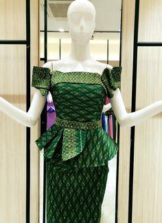 Myanmar Traditional Dress, Traditional Dresses, African Fashion Ankara, African Dress, Filipiniana Dress, Style Africain, Thai Dress, Kids Frocks, Ankara Dress