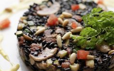 A delicious recipe for wild rice and vegetables with a cream and Parmesan   sauce.