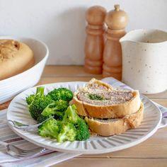 Torta Nua alla marmellata - Brodo di coccole Pizza Rustica, Antipasto, Camembert Cheese, Dairy, Anna, Yogurt, Food, Essen, Appetizer