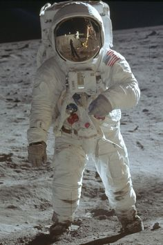 """Fifty-one years ago, Apollo 11 astronauts Neil Armstrong and Buzz Aldrin landed the Lunar Module the """"Eagle"""" and took the first human steps on the lunar surface. Here are fifteen lesser-known facts about the historic Apollo 11 mission. Apollo 11, Apollo Nasa, Neil Armstrong, Space Shuttle, Programa Apollo, Astronaut Suit, Astronaut Tattoo, Apollo Space Program, Space And Astronomy"""