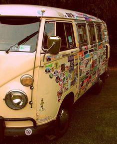 Volkswagen Van VW campers love the stickers . - Volkswagen Van VW campers love the stickers … always think they look good … – You are in t - Combi Hippie, Hippie Camper, Photo Trop Belle, Wolkswagen Van, Vans Vw, Vw Camper Vans, Kombi Motorhome, Kombi Home, Combi Vw