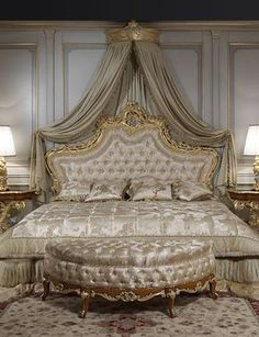 Luxury classic bedroom roman baroque style of the Seventeenth century: baroque toilette and night tables, luxury classic bed, classic lamps. Find out additional specifics about cozy comfy bed ideas by clicking through. Royal Bedroom, Dream Bedroom, Master Bedroom, Gold Bedroom, Master Suite, Rich Girl Bedroom, Baroque Bedroom, Champagne Bedroom, Bedroom Furniture