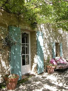 Ideas For House Exterior French Country Provence France French Cottage, French Country House, French Farmhouse, French Country Decorating, Rustic French, Country Farmhouse, Farmhouse Garden, Farmhouse Door, Farmhouse Windows