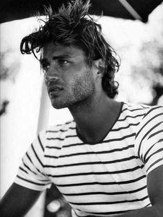 Surfer Hair Cut For Men Medium Length