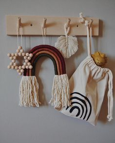 Made Wooden Crafts kids room, rainbow, tapestry, wood furnitore, Diy For Kids, Crafts For Kids, Deco Kids, Home Decoracion, Wooden Coat Rack, Kids Wood, Kids Decor, Diy And Crafts, Weaving