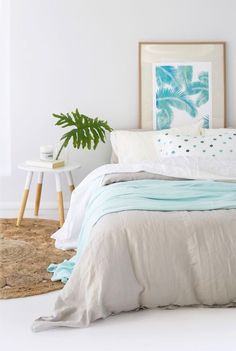 Coastal Bedroom Accessories Ideas is the perfect setting for any contemporary decor. Coastal Master Bedroom, Coastal Bedrooms, Coastal Living Rooms, Coastal Cottage, Coastal Decor, Cottage Living, Seaside Home Decor, Trendy Bedroom, Cottage Homes