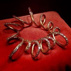 221 - Flexible bracelet by JAR Paris, 2011 - Diamonds, gold